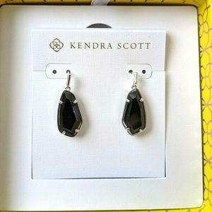 NWT/B~KENDRA SCOTT~Camelia Black Rhodium Earrings